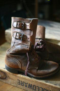 world war 2 combat boots Se parecen muchos a unos bototos q tengo
