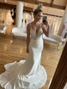 Gowns, Wedding Dresses, Fashion, White People, Vestidos, Bride Dresses, Moda, Dresses, Bridal Gowns