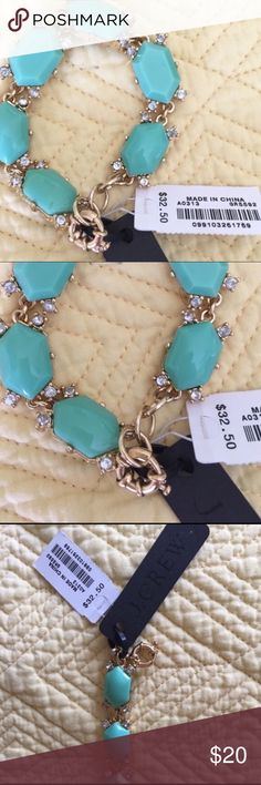 J.Crew Bracelet NWT Turquoise & gold simple statement bracelet to add a touch to any outfit. Chic look. J. Crew Factory Jewelry Bracelets