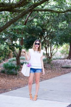 Casual and feminine summer outfit | Kate Spade tote | Jord Wood Watch