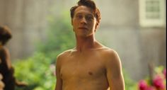 George Mackay Shirtless in How I Live Now George Mackay, Harris Dickinson, Enfp, Live In The Now, British Actors, Hairy Men, Hollywood Stars, Pretty People, Beautiful People