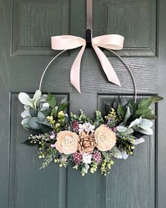 Spring wreath, Spring wreaths for front door, Summer wreath – DIY – Home crafts Wreath Crafts, Diy Wreath, Tulle Wreath, Wreath Bows, Wreath Rings, Wreath Hanger, Deco Table Champetre, Deco Floral, Front Door Decor