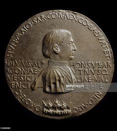 Portrait medal of Alfonso V, King of Sicily and Aragon 1394e1458, by Italian artist Antonio di Puccio Pisano a.k.a Pisanello c.1390-1455. Bronze, 10.8 cm, Louvre Museum, Paris France.