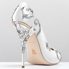 White colour Satin Silver colour leaves 12cm heel Leather outsole Made in Italy