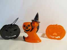 VINTAGE ROSBRO HALLOWEEN WITCH CANDY CONTAINER & 2 JACK-O-LANTERN NUT CUPS
