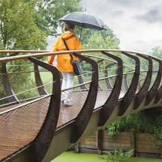 STREETLIFE Single Swan CorTen Bridge. ChildProof & Colourful Bridge with Extra Wide look and feel and improved accessibility