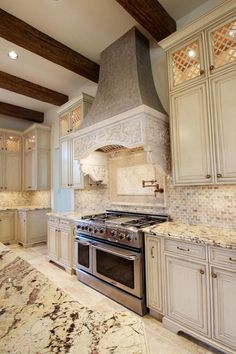 Whether your kitchen is rustic and cozy or modern and sleek, we've got kitchen backsplash design ideas in mirror, marble, tile, and more. Luxury Kitchens, Home Kitchens, Rustic Kitchen, Kitchen Decor, Kitchen Ideas, Country Kitchen, Kitchen Interior, Vintage Kitchen, Neutral Kitchen