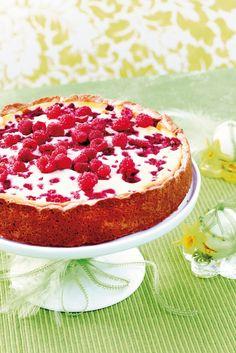 My favorite milkfree cheesecake(rasberry-lemon). Really delicious! Non Bake Desserts, Dessert Recipes, Savoury Baking, Vegan Baking, Lemon Cheesecake Recipes, Finnish Recipes, Food Tasting, Vegan Cake, Coffee Cake