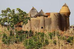 Artagence Architecture Africaine Ethnik Benin / Togo - Bétiabé / Bétammaribé / Bésorbé - Tata Somba #artagence