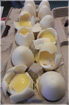 Cracked Egg Cupcakes - Easter surprise dessert or a fun April Fools joke!  :)