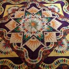 Judy Niemeyer Glacier Star pieced by Leslie Kiger, quilted by Lori Millsap of Island Time Quilting, September 2014