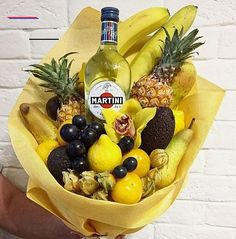we life is good Food Bouquet, Gift Bouquet, Valentine's Day Gift Baskets, Gift Hampers, Creative Gift Wrapping, Creative Gifts, Vegetable Bouquet, Fresh Squeezed Lemonade, Edible Bouquets