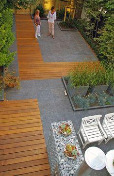Garden design for every budget Herman & Vermeulen Rotterdam atelier Back Garden Design, Modern Garden Design, Backyard Ideas For Small Yards, Backyard Patio Designs, Small Back Gardens, Side Yard Landscaping, Landscaping Ideas, Garden Tiles, Design Jardin