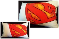 Housse de coussin . Superman peint . 22x14 par Tikoutile sur Etsy