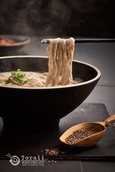 Korean style perilla noodles  #toraii #foodstyling #foodart #toraiirepublic #韩国美食 #KFood #koreanfood #foodphoto #foodporn #음식사진 #토라이 #푸드스타일 #록엠씨 #음식사진덕후 #들깨칼국수 #perilla #noodles <photographed - toraii.com>