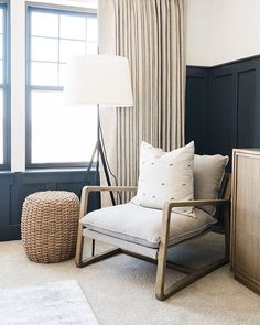 Add the modern decor touch to your home interior design project! Home Decor Bedroom, Modern Bedroom, Bedroom Ideas, Contemporary Bedroom, Simple Bedrooms, Casual Bedroom, Bedroom Green, Bedroom Inspiration, Narrow Bedroom
