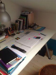 Study Desk, Study Space, Work Motivation, School Motivation, Study Corner, Study Organization, Study Areas, Study Hard, Study Inspiration