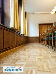 Reinigen, schleifen, aufbereiten, versiegeln - in Bremen machen wir Parkett - Arno Plaggenmeier GmbH