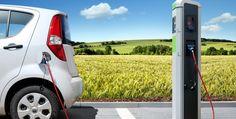 Almanya'da Benzin ve Dizel Araçların Kullanımı Yasaklanabilir Geçtiğimiz gün bir dergiye röportaj veren Merkel, ileride benzinli ve dizel araçların yasaklanabileceği mesajını verdi. Alman başbakanı elektrikliye geçişin kusursuz olması gerektiğini düşünüyor. http://www.enerjicihaber.com/news.php?id=3120