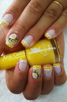 ☺ latest nail art designs gallerynail designs for short nails 2019 essie nail stickers nail art stickers how to apply nail stickers walmart Fabulous Nails, Perfect Nails, Short Nail Designs, Nail Art Designs, Spring Nails, Summer Nails, Cute Nails, Pretty Nails, Daisy Nails
