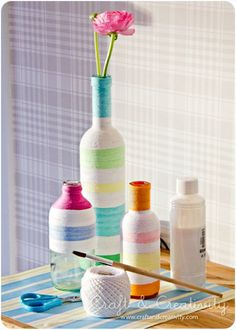 Yarn wrapped bottle craft #tutorial #DIY #doityourself #handmade #crafts #stepbystep #howto #budget #projects #practical #guide #decor #decorating #home