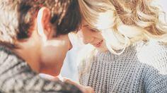 """""""最高の相手""""と出会えたとしても、それが""""最高なタイミング""""じゃなかったら…。その恋愛は発展するのでしょうか?「Elite Daily」の恋愛アドバイザーPaul Hudsonさんは、このふたつが揃っていることがどれだけ貴重であるかを、自身の経験をもとに語ってくれています。まだ出会えていない人も、大切な人との別れを経験した人も、「運命の相手」はひとりじ..."""