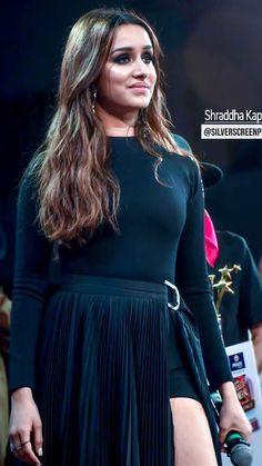 Check out Bollywood @ Iomoio Most Beautiful Bollywood Actress, Indian Bollywood Actress, Indian Actresses, Shraddha Kapoor Bikini, Shraddha Kapoor Cute, Beautiful Celebrities, Beautiful Actresses, Gal Gardot, Sraddha Kapoor