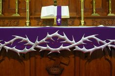 .Crown of Thorns altar cloth