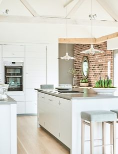 Neptune Limehouse Kitchen - painted in Lily with Shoreditch bar stools, Keats pendant lights Timber Kitchen, Kitchen Doors, Open Plan Kitchen, Home Decor Kitchen, Kitchen Interior, New Kitchen, Home Kitchens, Kitchen Ideas, Kitchen Inspiration