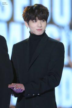 🎐Teamwork makes the dream work🎐 ~RM Namjoon, Taehyung, Jung Kook, Busan, Jungkook 2018, Jungkook Oppa, Rapper, Bts Twt, Seoul Music Awards