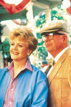 who is angela lansbury | Angela Lansbury Murder, She Wrote