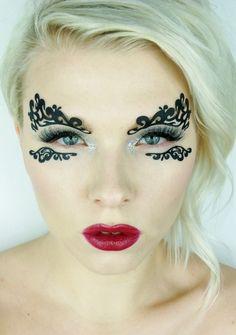 High fashion make-up featuring, Face Lace, by Pyhllis Cohen. Lace Makeup, Makeup Art, Beauty Makeup, Photo Makeup, Crazy Makeup, Makeup Looks, Face Lace, Fashion Show Makeup, Extreme Makeup