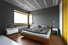 paredes de color gris oscuro en el dormitorio moderno