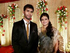 Happy #WeddingAnniversary to cricketer #AshokeDinda and his wife Sreyasi Rudra.