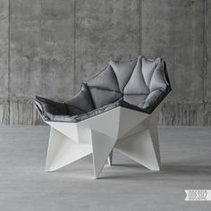 The Chair by Ukrainian design firm is based on the iconic geodesic dome shape originally conceived by Richard Buckminster Fuller (after whom buckyball molecule structures are named). The geometric composition of the lounge… Design Studio, Deco Design, Design Trends, Design Art, Design Ideas, Chair Design, Furniture Design, Design Simples, Magazine Deco