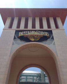 Day 7 in SG: Gateway Arch to USS  #vsco #vscocam #vscoph #vscodaily #vscogrid #vscogram #vscophile #vscogood #day #singapore #travel #travelling #gatewayarch #sky #arch #morning #sg #instalike #instagood #like #follow #like4like #singaporetrip #architecture #travelgram #day7 #vscorussia #universalstudios #Sentosa #resortsworld by noel.bartolome