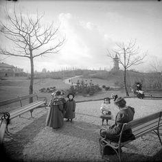 1903 - Easter in Türkenschanzpark, Vienna, Austria Old Photos, Vintage Photos, Budapest, Marie Von Ebner Eschenbach, Parks, Austro Hungarian, Vienna Austria, Past Life, Hungary