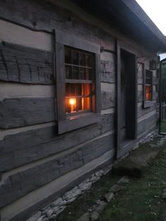 Home Tour Hazard Primitives Tiny House Cabin, Log Cabin Homes, Log Cabins, Primitive Homes, Country Primitive, Primitive Decor, Log Homes Exterior, Cabins And Cottages, Cabins In The Woods
