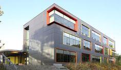 School in Bremen, Germany. EQUITONE facade materials. equitone.com