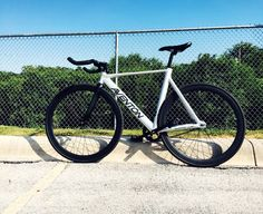 https://www.facebook.com/aventon.bikes.us/photos/a.140176376151093.30343.140168246151906/546603852175008/?type=3