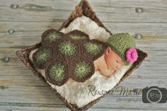 Loom knit Baby Turtle Shell and Hat
