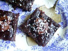 Kesäkurpitsa-suklaa browniet