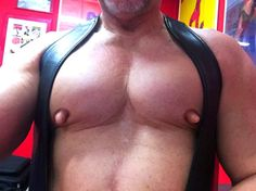 Nipplepigs muscle hunk gets his hardwired nipples worked