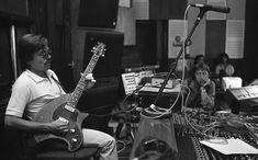 Szörényi Levente és Németh Oszkár a stúdióban, a Fonográf együttes lemezfelvételekor. Music Instruments, Guitar, Musical Instruments, Guitars