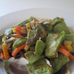 Chopped spinach pancakes with wok vegetables!