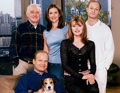"""Frazier"" cast -- Clockwise from left: John Mahoney, Peri Gilpin, David Hyde Pierce, Jane Leeves, and Kelsey Grammer"