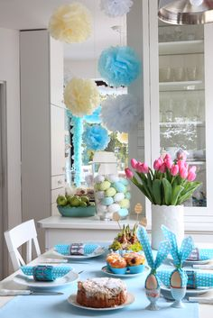 poranny wiosenny stół