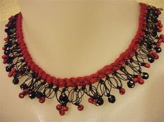 Red And Black Shaky Necklace by neduk on Etsy