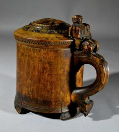 "Wood Carved NORWEGIAN TANKARD,18th century  10""X7"""
