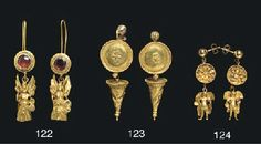 A PAIR OF GREEK GOLD EARRINGS HELLENISTIC PERIOD, CIRCA LATE 4TH-EARLY 3RD CENTURY B.C.